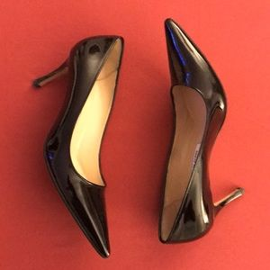 Manolo Blahnik Lisa Patent leather pump
